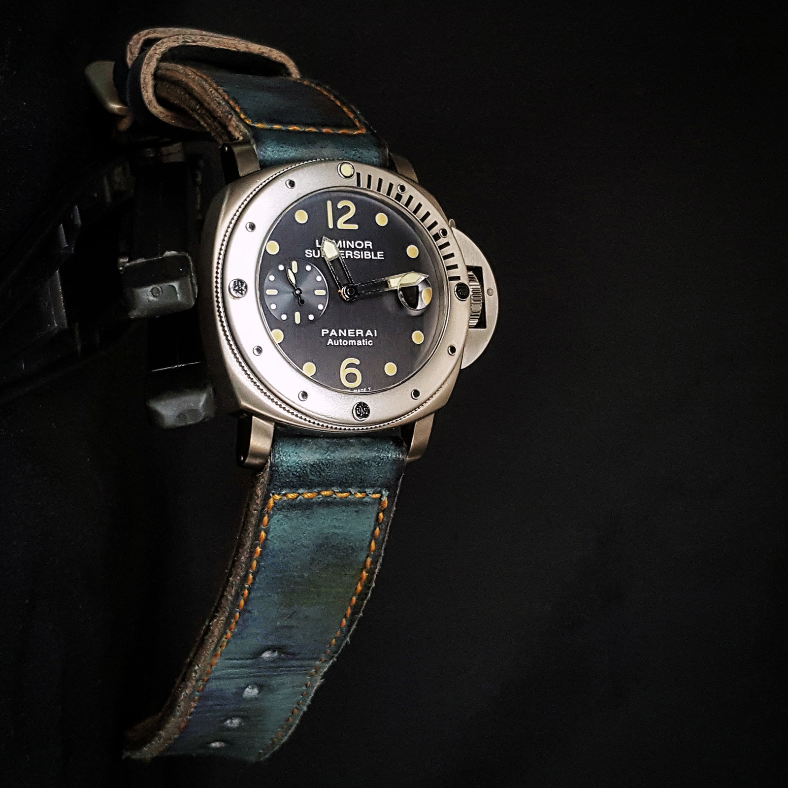 swiss blackbird for breitling action watches avenger impossible power sports mission watch