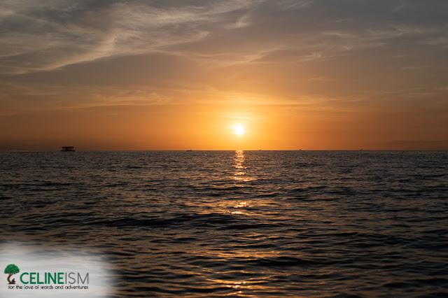 tres reyes island sunset
