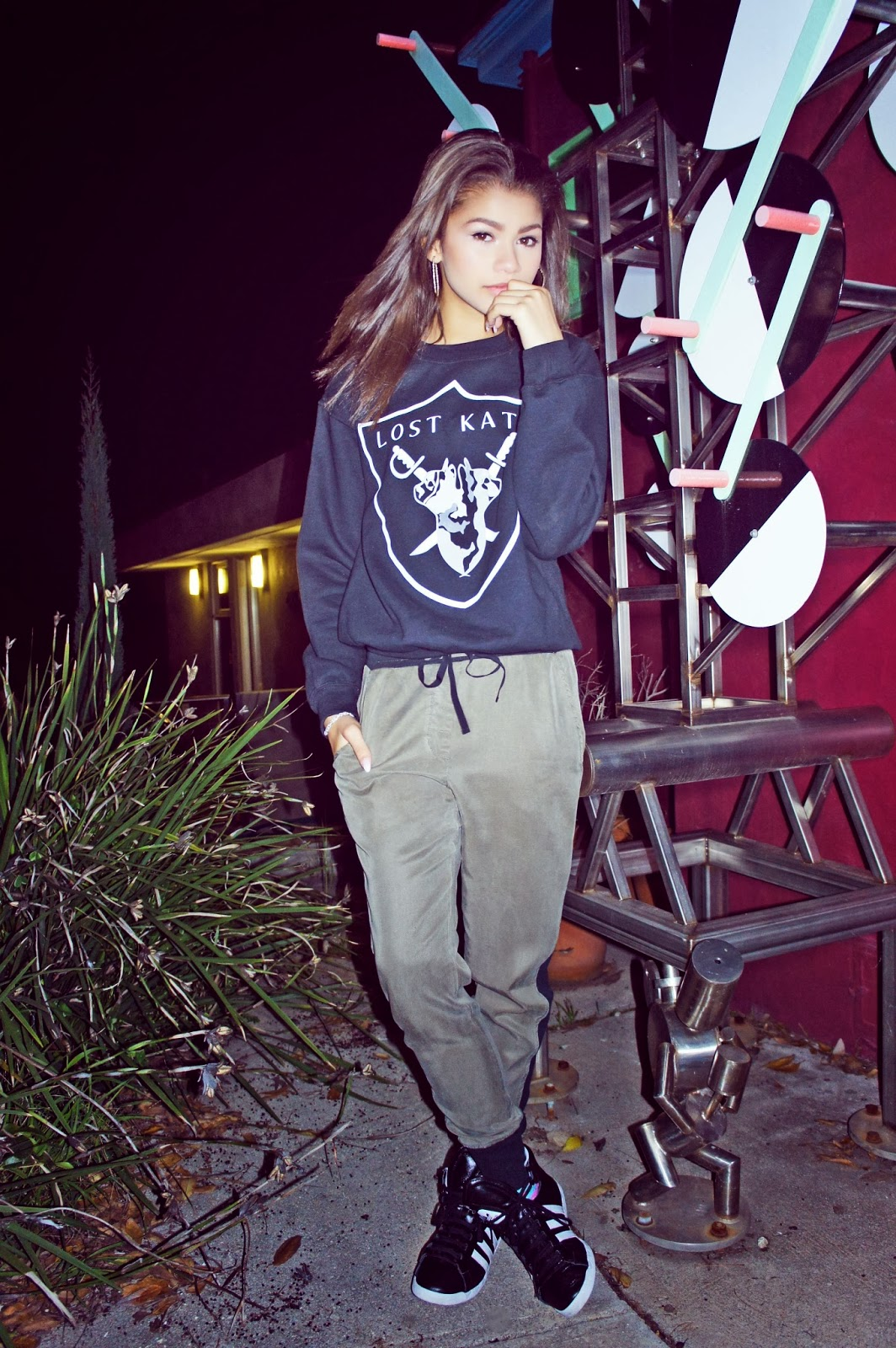 Oakland Raiders Girl Wallpaper Fashion Trends For Tomboys And Girlie Tomboys My Friday
