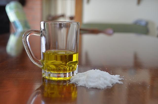 وصفة زيت الزيتون والملح لن تستغني عنها طوال حياتك فوائد ستذهلك
