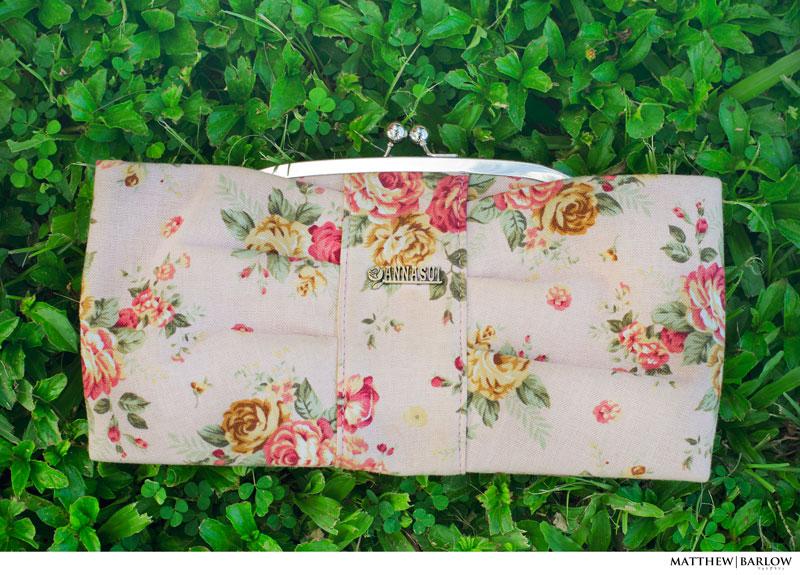 anna sui floral clutch