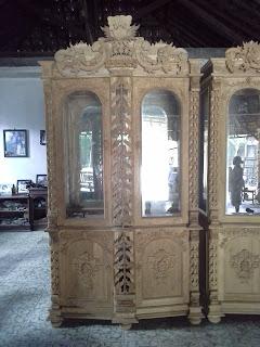 lemari murah, lemari tokobagus, gambar lemari, contoh desain lemari, desain lemari, almari shia, almari pajangan, lemari jati, lemari antik, lemari pajangan, lemai kuno, lemari 2 pintu, lemari ukir, lemari hias.