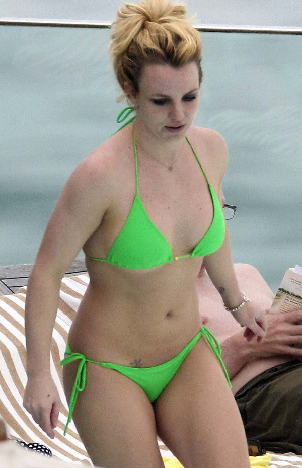 body Britney bikini hot spears