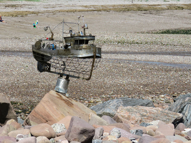 Day trips from Aberdeen: sculpture walk in Stonehaven Scotland
