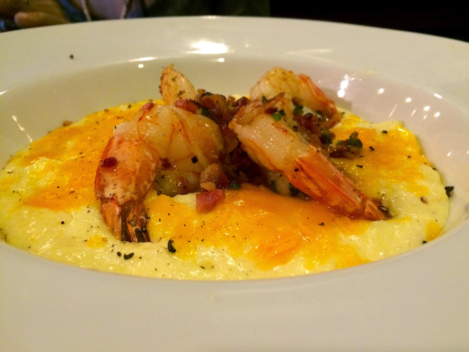 Christopher Stewart, Eating Fabulously, Harlem, soul food, restaurant reviews, BLVD Bistro