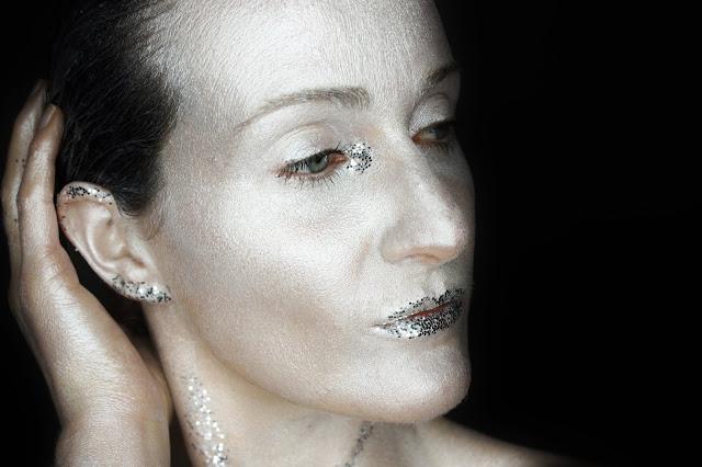 silver-makeup