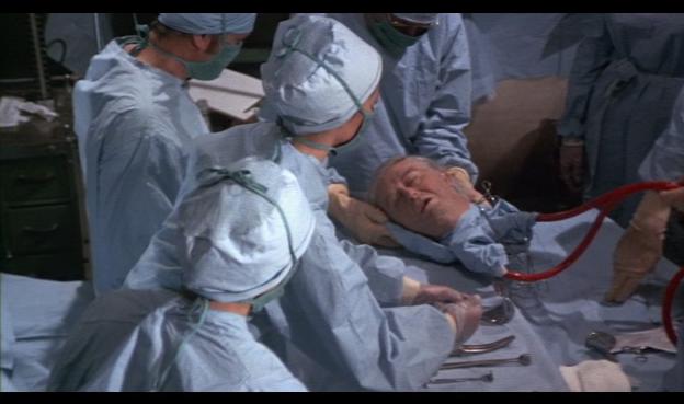 Η πρώτη παγκόσμια μεταμόσχευση κεφαλιού!!!  ολοκληρώθηκε με επιτυχία μετά από δεκαεννέα ώρες.