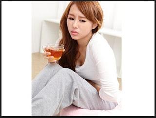 ains, dismenore, dismenorhe, dysmenore, pms, menstruasi, nyeri saat menstruasi, haid pertama, menarche, risiko dismenore, penyebab dismenore