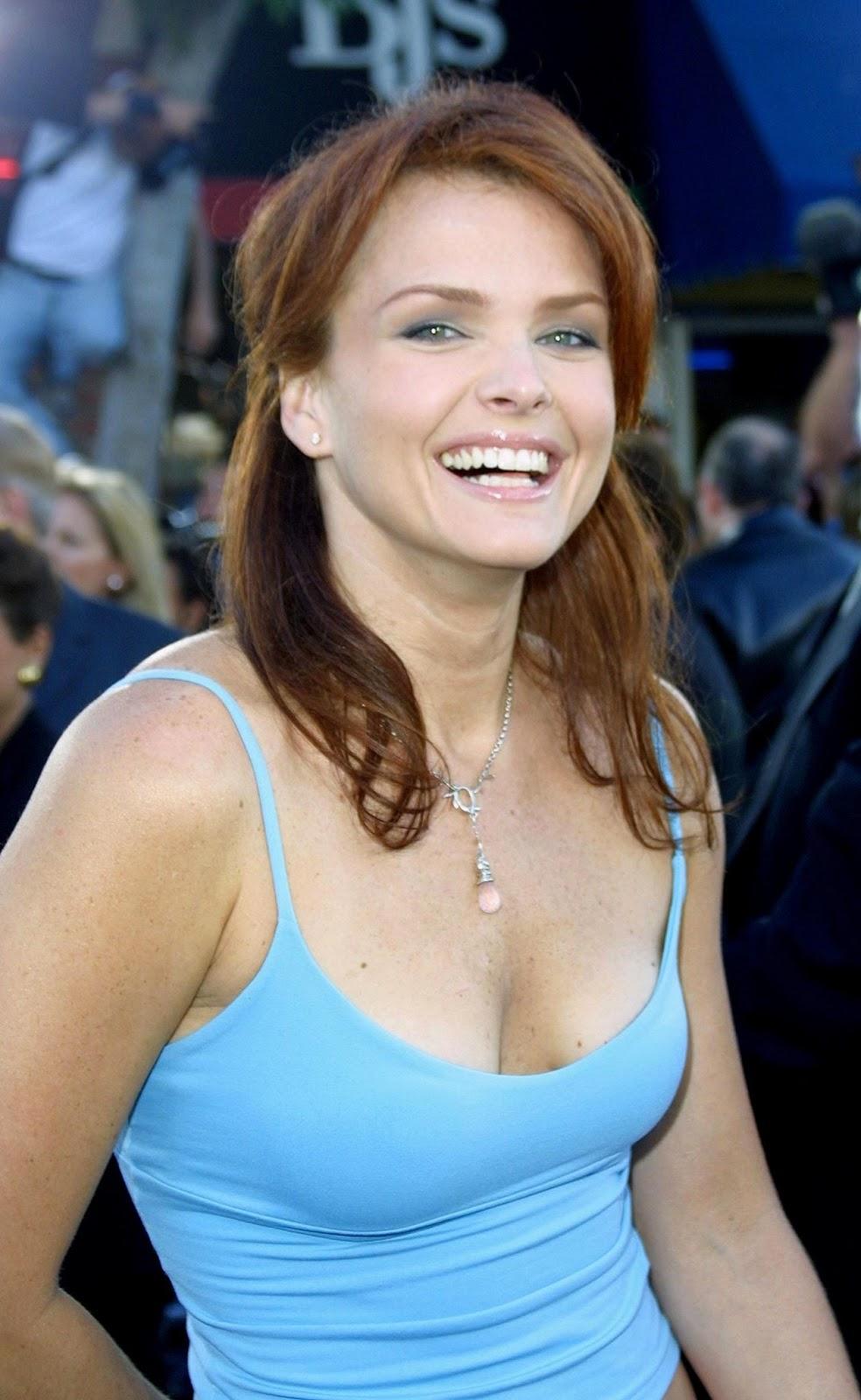 A Look at Super Duper Sexy Actress Dina Meyer