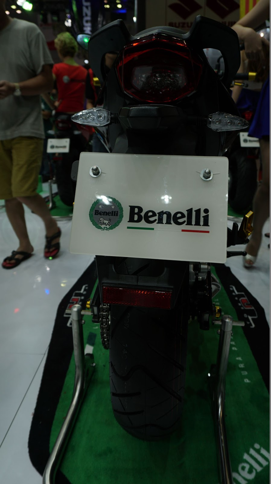 Benelli BN302