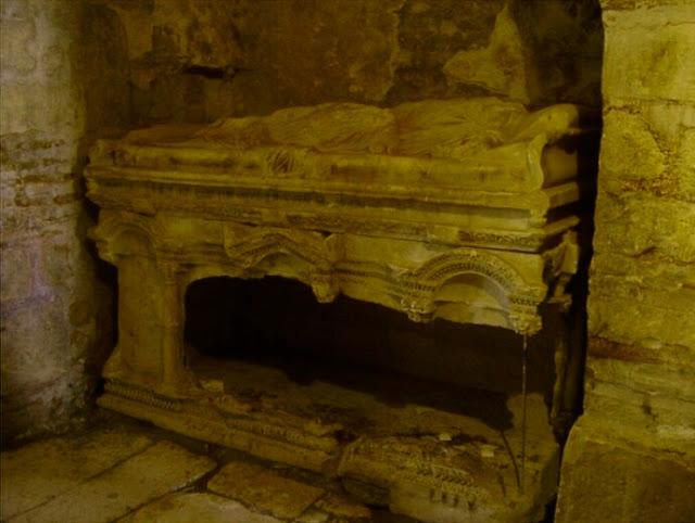 antalya aziz nicholaos mezarı