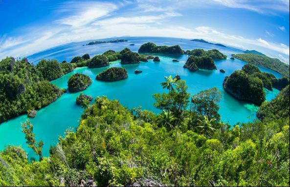 Raja Ampat, Wisata Impian Para Traveler Kepulauan Wayag