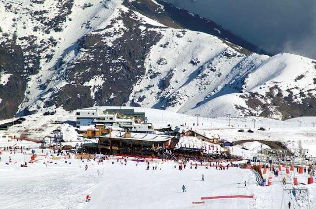 Quando funciona a estação de esqui El Colorado?