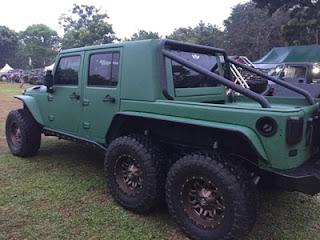 Salah satu mobil American Jeep yang dipamerkan di Cibubur