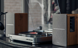 Why HiFi Stands Are a Crucial Part of Your Stereo System