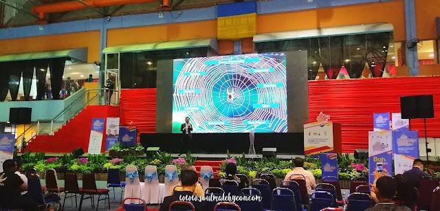 Speaker Brandon Chin; Sabah Job & Entrepreneur Fair 2018 @ Kompleks Sukan Kota Kinabalu (Likas)