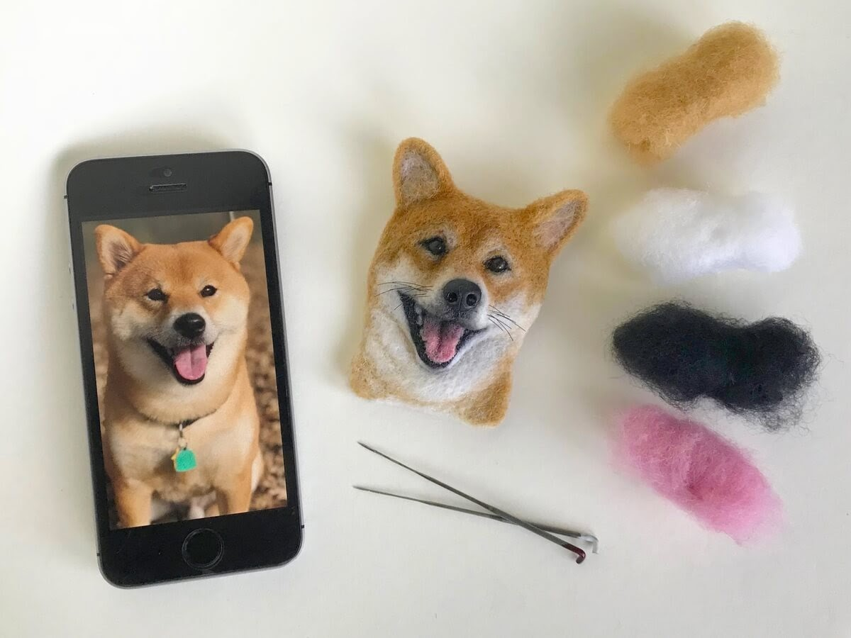 10-Shiba-Inu-Dog-Hanna-Tsukanova-3D-Dogs-&-Cats-Felt-Pet-Portraits-www-designstack-co