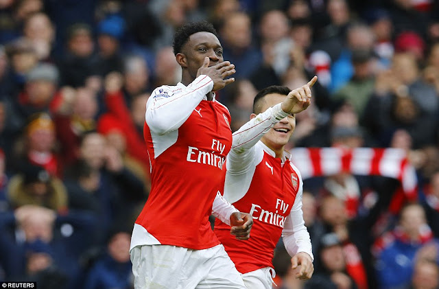 Arsenal 2-1 Leicester: Danny Welbeck scores dramatic last-minute winner