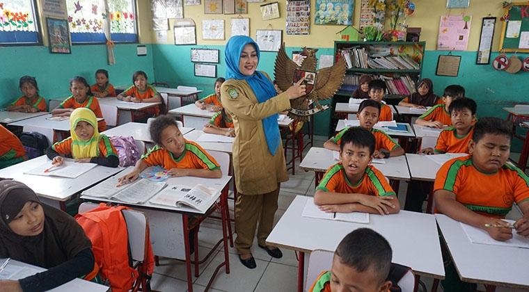 Tunjangan Profesi Guru Non PNS Masuk Fokus Anggaran Pendidikan 2017