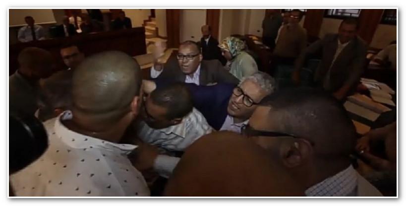 دخول جماعي ساخن يؤجج الصراع بين البيجيدي والبام داخل مجلس مدينة الرباط