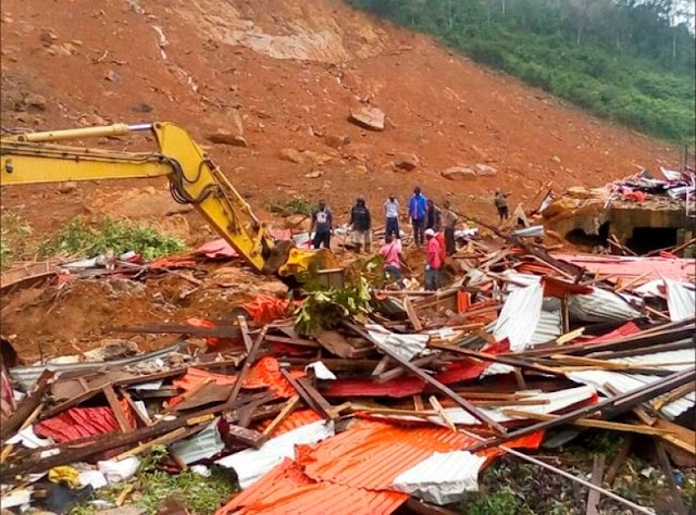 #Disaster : Mudslides and floods have killed more than 300 people in Sierra Leone !
