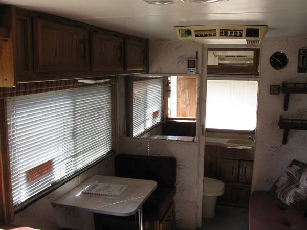 Used RVs 1990 Dolphin Toyota RV For Sale by Owner