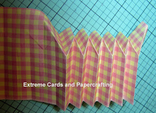 pleated paper cupcake reverse folds