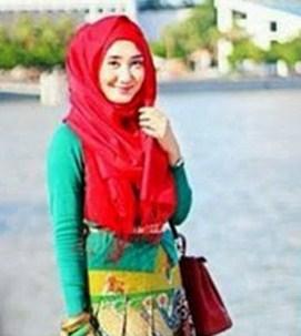 Cara Memakai Hijab Pashmina Ala Dian Pelangi