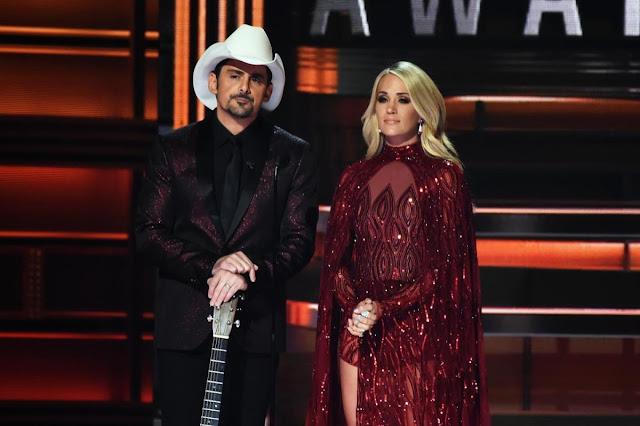 Brad Paisley, Carrie Underwood mock President Trump at CMAs Onlinelatesttrends