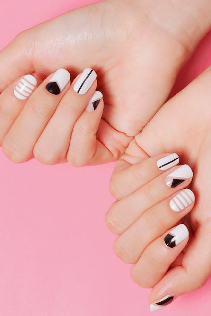 decoracion de uñas para fiesta elegante