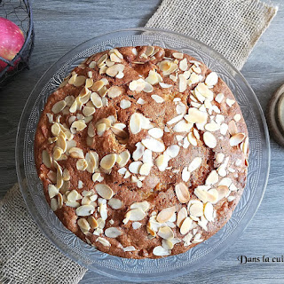https://danslacuisinedhilary.blogspot.com/2017/09/gateau-au-yaourt-pommes-amandes-cannelle.html