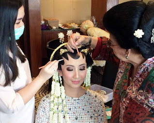 Make up pengantin yang mudah
