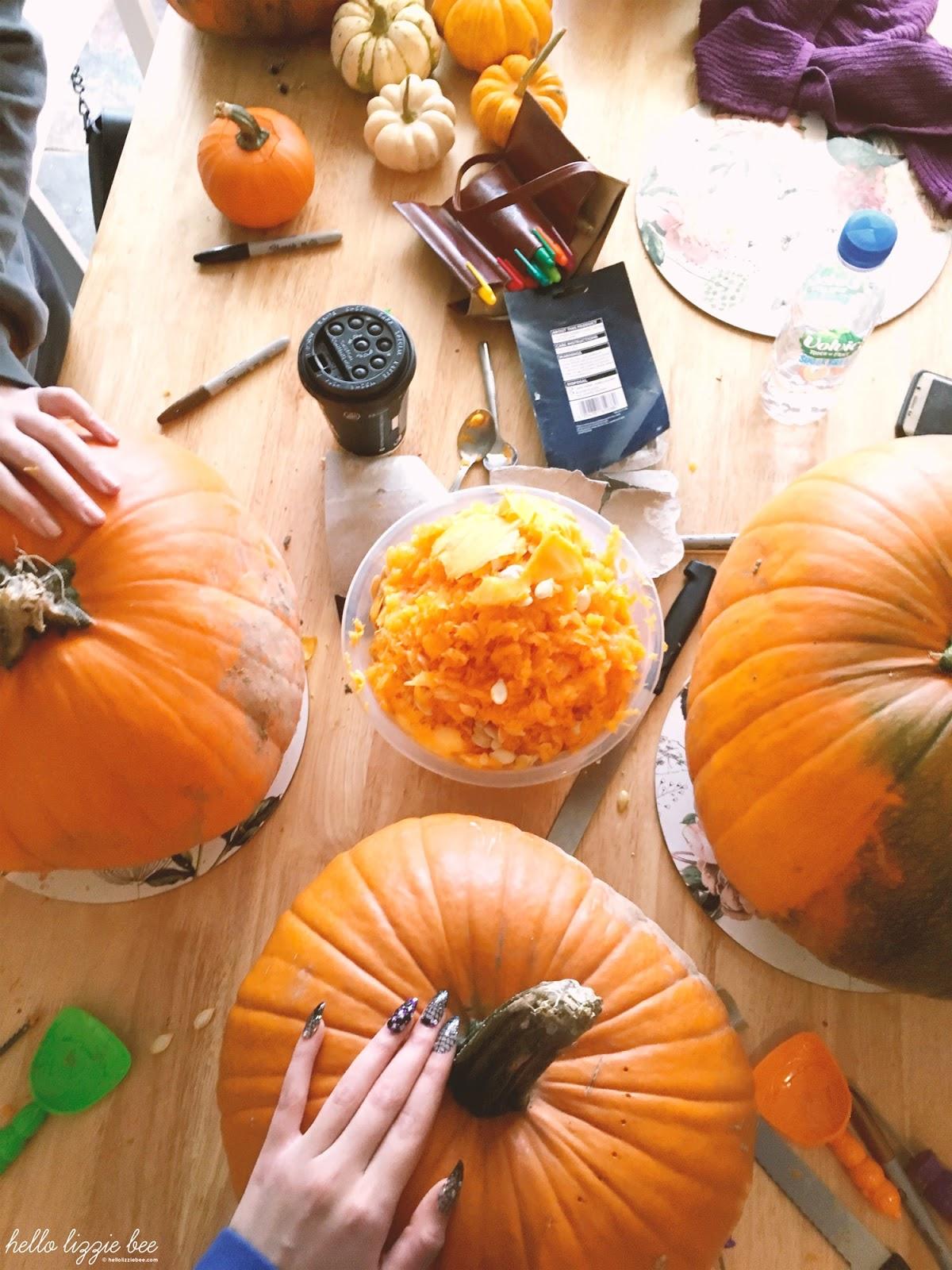 halloween, pumpkin carving