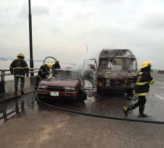 Fire outbreak destroys 2 vehicles in Third Mainland Bridge accident