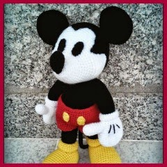 MICKEY ADULTO AMIGURUMI