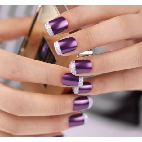 wedding nails in purple design