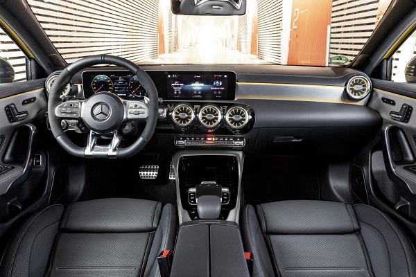 Interior Mercedes AMG A 35 4Matic 2019