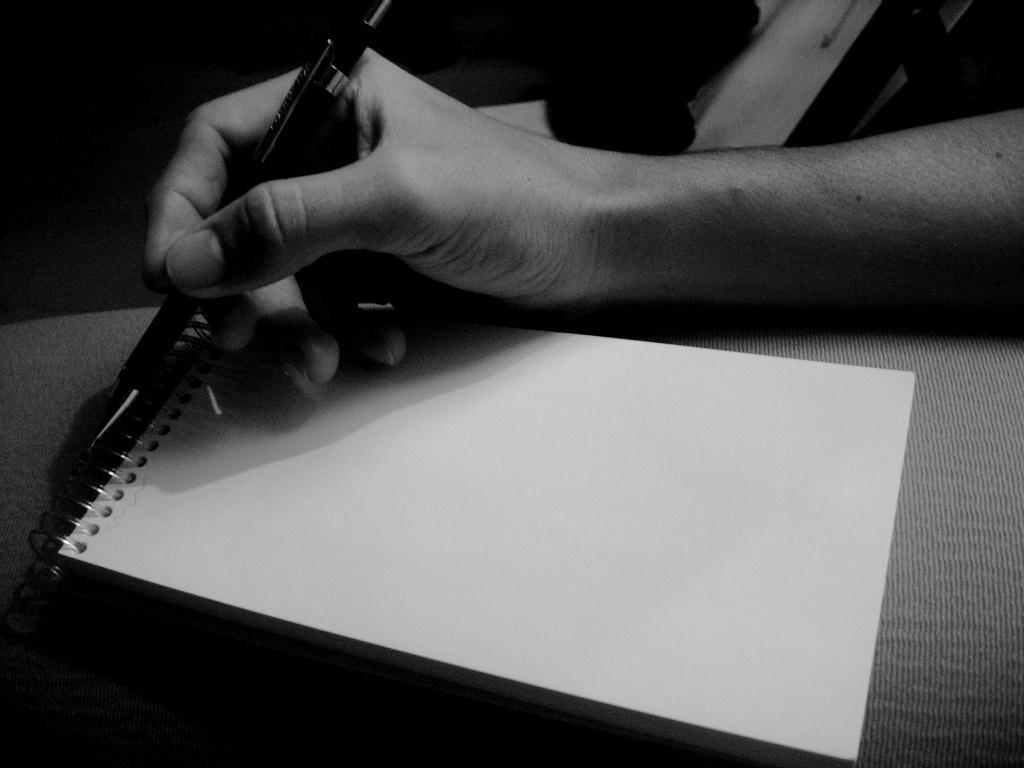 Resultado de imagen de chico escribiendo