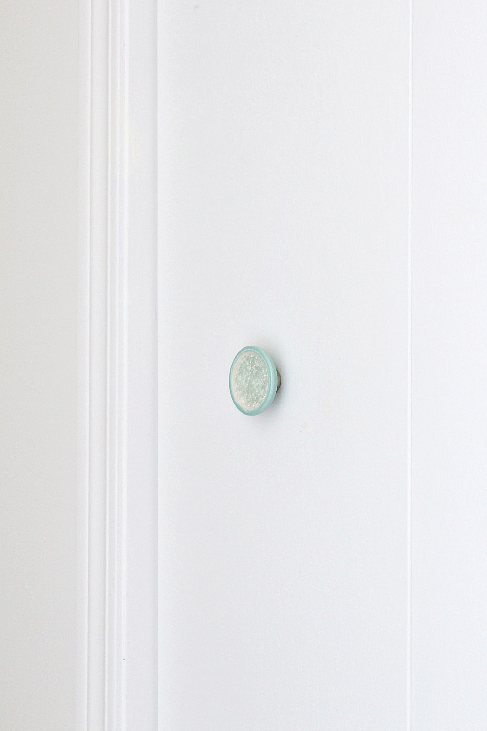 New Beachy Knobs in the Hallway