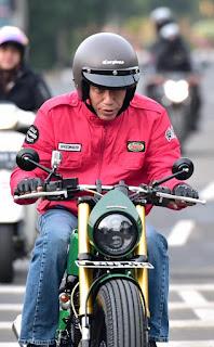 Harga Dan Tempat Beli Jaket Jokowi Yang Viral