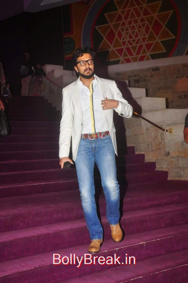 Riteish Deshmukh, Elli Avram, Esha Gupta Hot Pics At Opening for Anupam Kher Neena Gupta Play