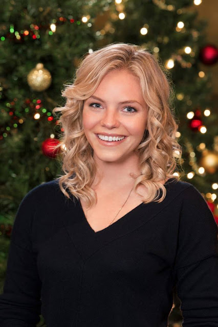 Christmas With Holly.Its A Wonderful Movie Your Guide To Family And Christmas