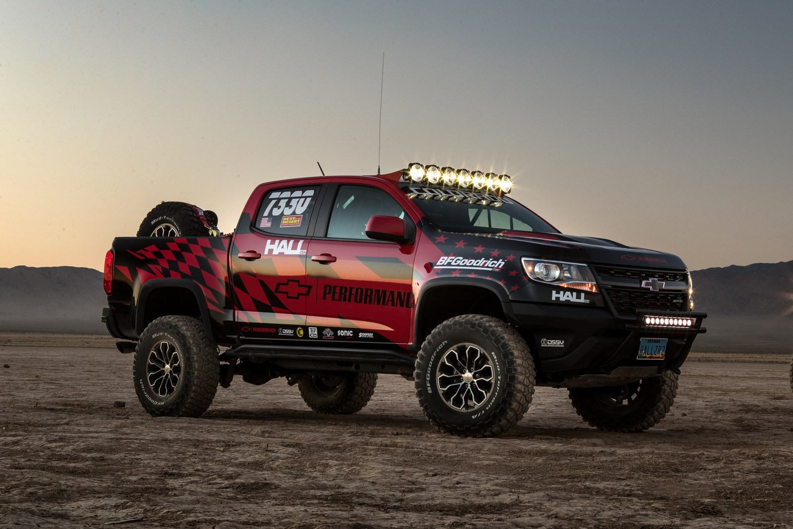chevrolet colorado zr2 to compete in the vegas to reno off road race. Black Bedroom Furniture Sets. Home Design Ideas