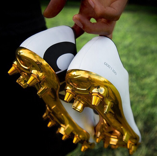 zapatos de futbol para mujer precio