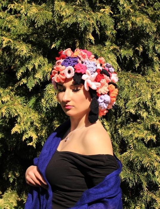 kwiatowa czapka szydelkiem