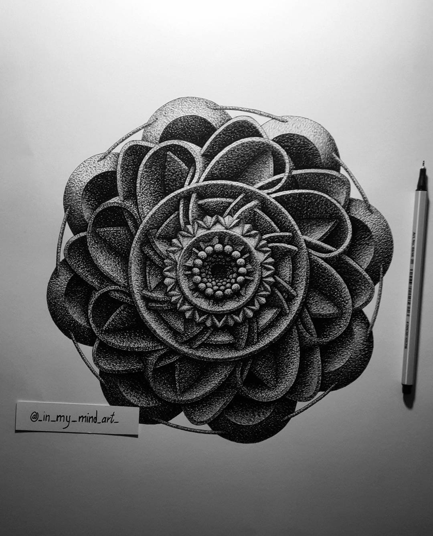 02-in-my-mind-art-Complex-Geometric-shapes-in-Ink-Stippling-Drawings-www-designstack-co