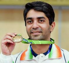 Abhinav Bindra Family Wife Son Daughter Father Mother Age Height Biography Profile Wedding Photos