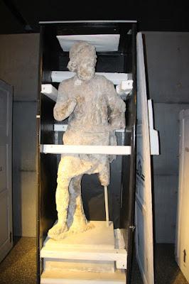 Στα εργαστήρια συντήρησης του Εθνικού Αρχαιολογικού Μουσείου
