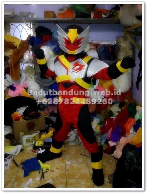 gambar kostum bima x badut karakter ksatria garuda