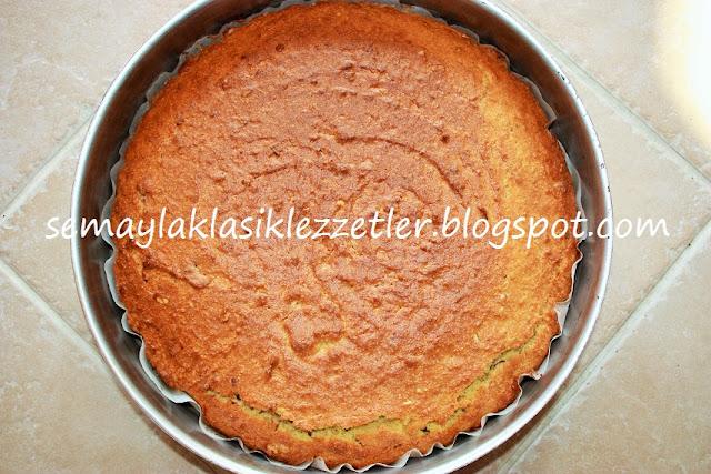 Baklava Tadında Şerbetli Kek